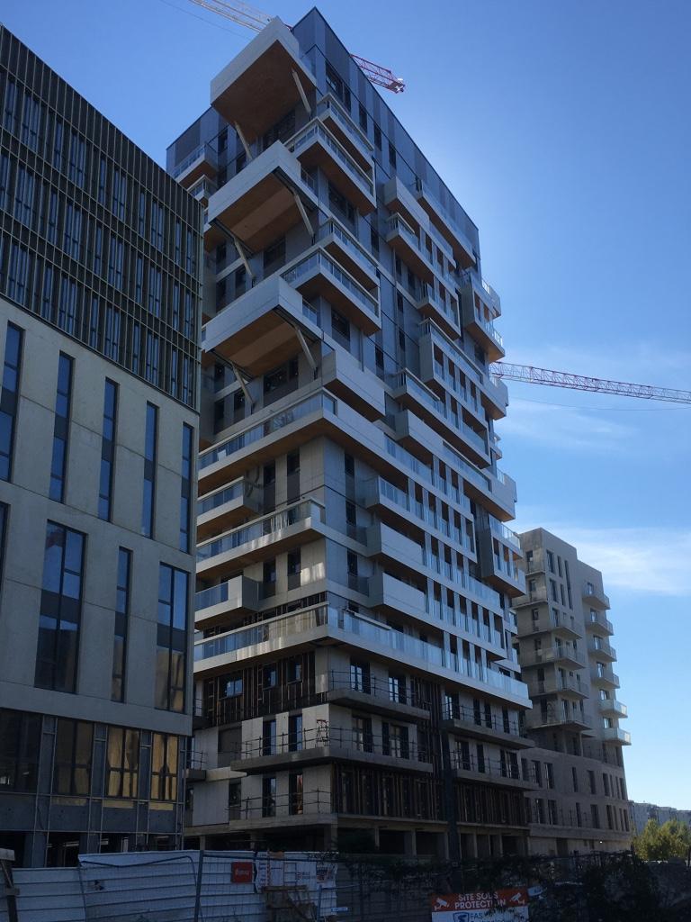 En quoi les constructions d'immeubles en bois grande hauteur  constitueraient-elles  une opportunité ?