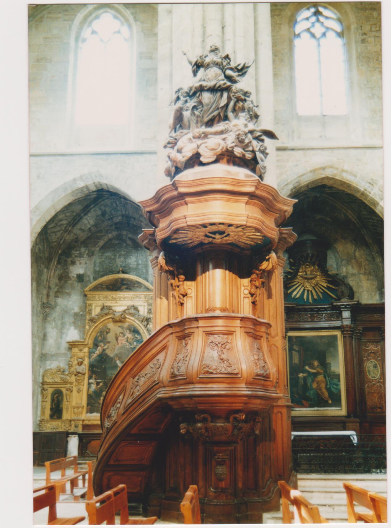 La chaire à prêcher de Saint-Maximin-la-Sainte-Baume